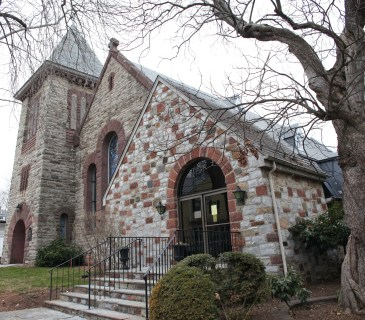 Photo of St. James' Episcopal Church